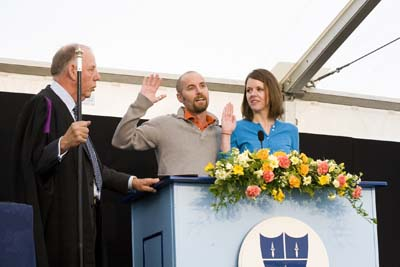 Jeff and Erin being sworn in