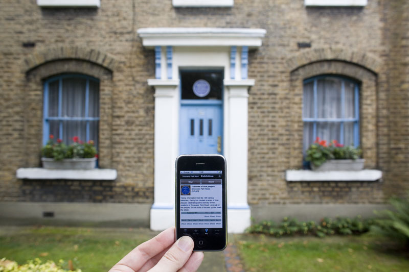 The Art Trail app - in front of one of the Blue Plaques on Grosvenor Park Road